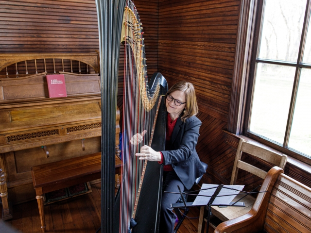 Harpist at Frankford Preservation